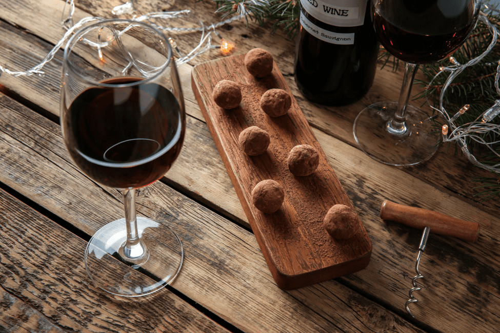 Time to indulge in Red Wine and Chocolate!